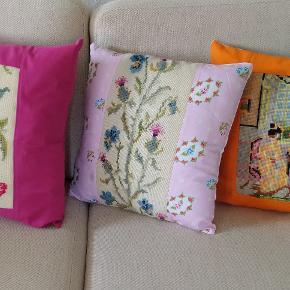 Sofapuder  40 x 40 cm Syet af gamle broderier og nyt lærred.  Lynlås bagpå. Sælges enkeltvis til 60 kr/stk eller samlet for 150 kr. Pude kan medfølge for 25 kr/stk