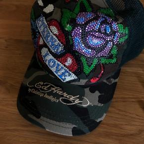 Ed Hardy hat & hue