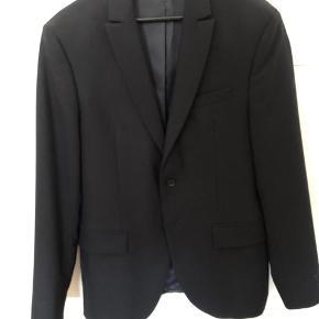 Zara blazer, fast pris 100kr uden fragt