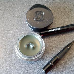Makeup, Eye liner, Shiseido  Ny flydende grøn eyeliner med lille pensel  Aldrig brugt  Nypris ca 250