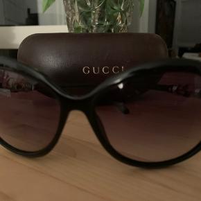 Solbrillerne er i god stand👌