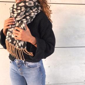 Lækkert stort leopard halstørklæde 💖💗