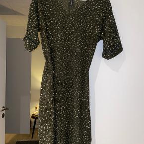X-company kjole