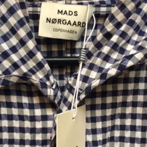 Mads Nørgaard ternet jakke str s. Nypris 2000