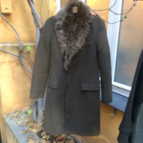 J.Lindeberg frakke med aftagelig pelskrave