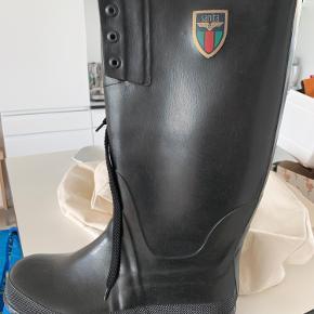 Gummistøvler fra Sanita  Aldrig brugt  Str. 43  Nypris 249,-