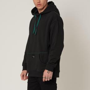 'HARD TO GET'  Adidas EQUIPMENT ADV/91-18 EQT 18 Hoodie  God stilstand skriv for mere info
