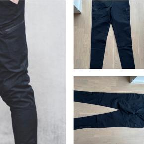 66 North bukser