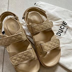 Ducie London sandaler