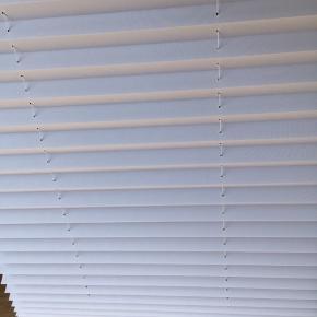 Debel plissé touch Hvid, lysdæmpende  60 x 160 (bredde, længde)