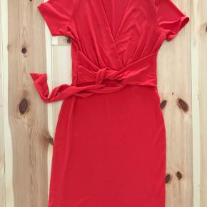 Elie Tahari kjole
