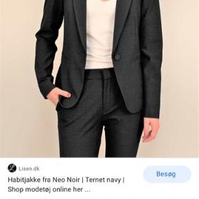 Brugt 1 gang Jakkesæt fra neonoir MED bukser Mørkeblåt tern