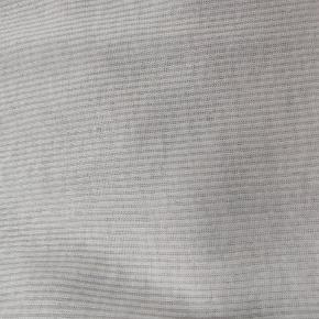 Varetype: T-shirt Farve: Hvid   V-udskærning, løs