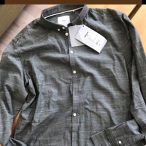 Minimum skjorte. Grøn. Str L. Ikke brugt