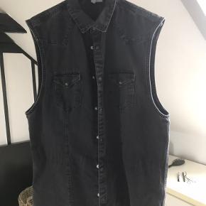 Divided vest