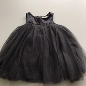 Super flot tyl kjole fra PDL str. 86