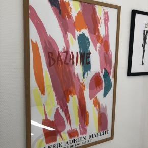 Indrammet plakat fra Galerie Maeght med motiv af Jean Rene Bazaine, 1970. Plakaten måler 61 x 40 cm. og er indrammet i den smukkeste egetræsramme hos professionelle Lyrum i Aarhus.