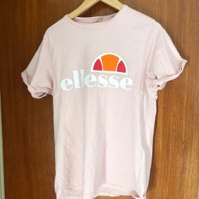 Ellesse t-shirt