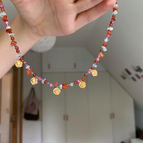 Maanesten halskæde