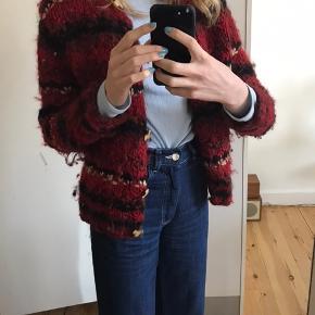 Sælger vintage sweater.