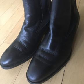 """Zilla "" boots, very good condition ."