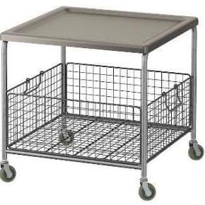 Ikea Lalleröd: sofabord i metal med hjul.  Fremstår som nyt, fejl købt... står samlet.  51x51x50cm