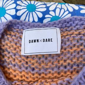 Lækker strik fra Dawn and Dare. Str. M.  Kan ses/hentes i Holbæk, eller sendes på købers regning❤️