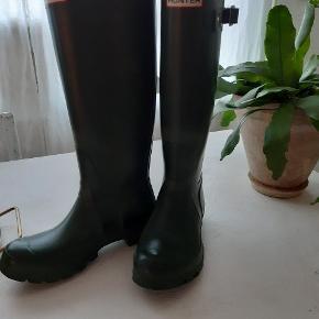 Fede Hunter støvler. Som nye. Nypris 1200kr.