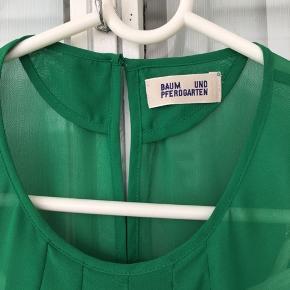 Kjole  Str: 38 Mediun Farve: grøn Bytte ikke !  Fast pris  # Secondchancesummer