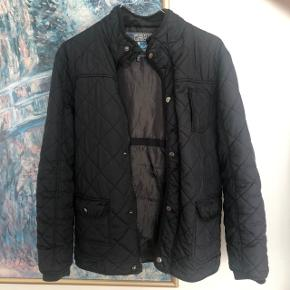 Sort quiltet jakke ☘️ I god stand 🌸