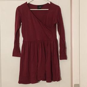 Slåom-kjole fra Asos i str. 42. Brugt få gange.