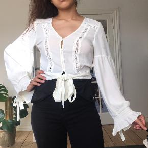 Virkelig sød bluse fra H&M. Ubrugt med prismærke 😊