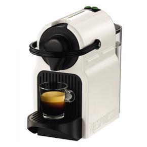Denne helautomatiske Nespresso Innissia kapselmaskine vil forkæle dig med en frisk kop espresso eller lungo af den højeste kvalitet.Udgået varer de fleste steder. Laver den blødeste espresso eller lungo man kunne tænke sig.  Blevet brugt få gange, så fremstår derfor næsten som ny. Manualer & lignende medfølger i den sorte bog.    Læs om dens specifikationer:  https://www.elgiganten.dk/product/husholdning/espressomaskiner/C40WH/nespresso-inissia-kapselmaskine-c40-hvid
