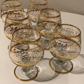 6 rigtig fine cognac glas  Kom med et bud
