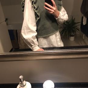 Zara vest