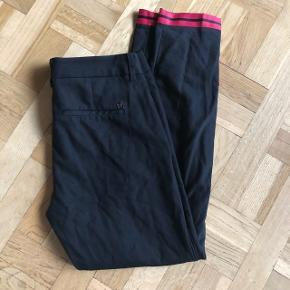 Super flotte bukser ⭐️ str 38. De passer mig ikke længere så derfor ingen billede på ⭐️