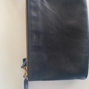 Celine trio taske  Brugt - meget fin stand Nypris: DKK 6800