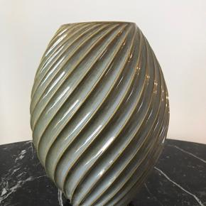 Morsø River vase Stor model - 26cm Farven hedder gråblå, men er mere grøn i det Fejler intet