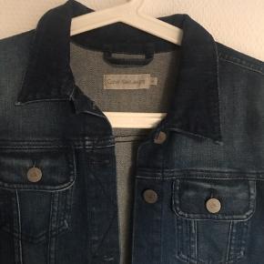 Cowboy jakke fra calvin Klein str m brugt få gange