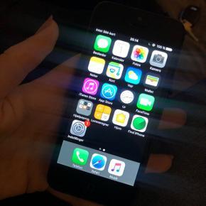 Sælger min gamle iphone 5 meget billigt. Fungere udmærket