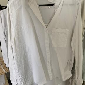 Hvid skjorte fra Zara