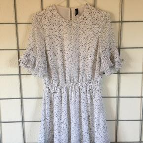 Super fin kjole fra Y.A.S sælges.
