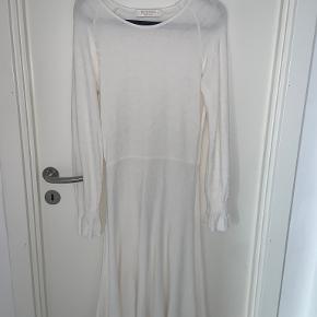 BUSNEL kjole