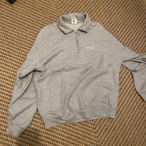 Polar Skate sweater