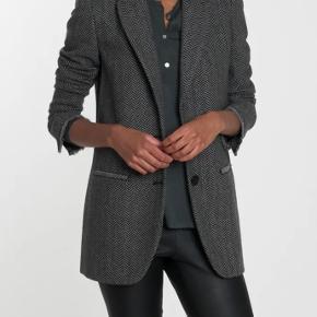 ''Stalia'' jakke fra Malene Birger. Brugt 1 gang. Bytter ikke. Nypris 3000