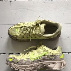 Nike p 6000 Nike p6000 Nike p-6000  Brugt få gange  Np 900kr