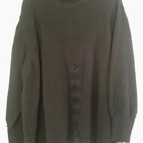 Lau Rie sweater