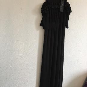 Flot lang kjole  Farve :sort