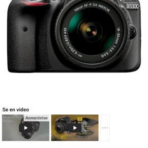 Nypris: 2206  brugt en enkelt aften mp 1500kr.  Nikon D3300 SLR kamera er udstyret med høj opløsningssensor og lynhurtig procesmotor, der tillader selv nybegyndere at tage betagende billeder og fantastiske videooptagelser. CMOS-sensoren har 24,2 effektive megapixels, der giver utroligt detaljerede og knivskarpe billeder i naturlige farver. Tretten specielle effekter kan vælges til at give dine billeder et unikt kunstnerisk touch. Kontinuerlig 5 bps serieoptagelse sikrer, at du kan tage handligsprægede sekvenser af hurtigt bevægende objekter. Kamerahuset er kompakt og let med behageligt greb for nem håndtering.  Nikkor objektiv: Det medfølgende AF-P DX objektiv med 3x (18-55 mm) optisk zoom har blændeåbning på F3.5-5.6 for at dække de hyppigst anvendte fokale områder og sikre rolig samt præcis autofokus. Objektivet drives af en forstærket step-motor-teknologi, som sikrer problemfri og stillegående brug af Auto-Fokus. Teknologien er specielt praktisk, når du skal optage videoer. Det er også muligt at skifte til manuel fokusering, så du kan opnå dit ønsket mål med billedet. Takket være det sofistikeret design er objektivet både let og kompakt.  Billedbehandling motor: EXPEED 4 image processor reducerer billedstøj, giver nøjagtige farvetoner og ægte sort selv i dårlige lysforhold. 420- pixel RGB-sensoren samarbejder med billedbehandlingen for at beregne de bedste parametre automatisk, før du trykker på udløseren.  Autofokus:11-punkts AF-systemet giver mulighed for nøjagtig indfangning af actionfyldte scener. 5 bps kontinuerlig optagelse er også tilgængelig for hurtige bevægelsessekvenser.  ISO-følsomhed: D3300 opnår standard ISO-følsomhed fra 100 til 12.800, og det kan udvides til 25600 for skarpe detaljer, selv i dårligt lys.  Viewfinder: Den optiske søger giver større søgerdækning og lader dig spore objekter i bevægelse og samtidig opretholde et fast greb om kameraet, så rystelser bliver reduceret.  Monitor: Den store 921k punkt 3 inch/7.5 cm LCD-skærm giver en præcis