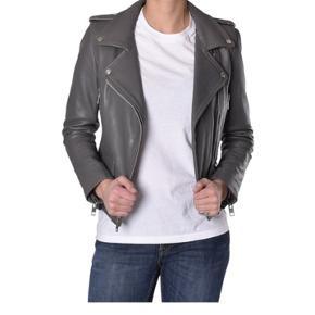 """MDK """"Seattle"""" skind jakke i lækkert, kraftigt læder. Er som ny. Størrelse 36 - passer også en 34."""